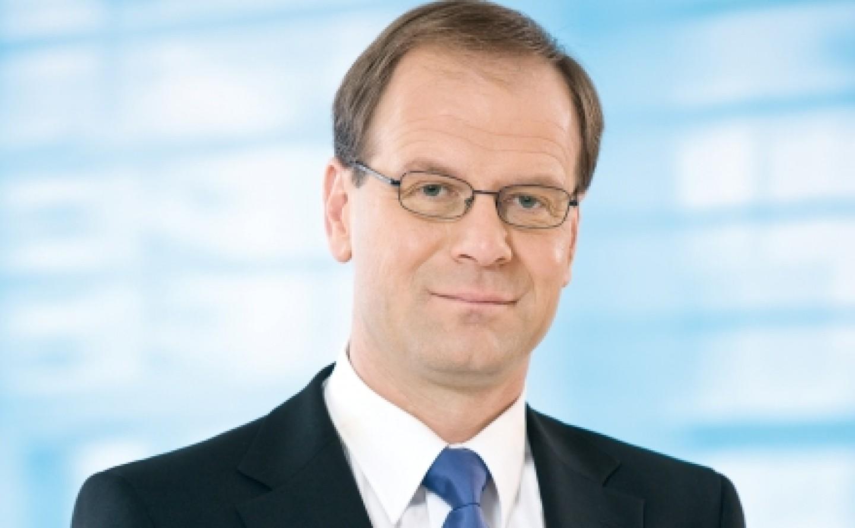 Tibor Navrascics